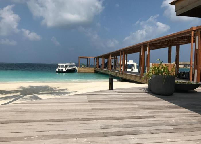 Komandoo Island Resort &Spa Luxhotels (1)