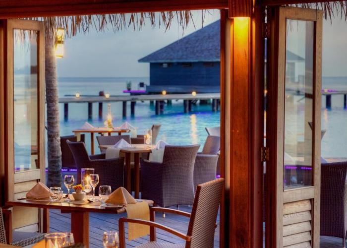 Komandoo Island Resort &Spa Luxhotels (7)