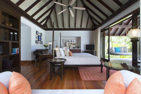 Anantara Kihavah Maldives Villas Luxhotels (11)