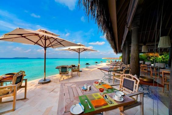 Anantara Kihavah Maldives Villas Luxhotels (12)