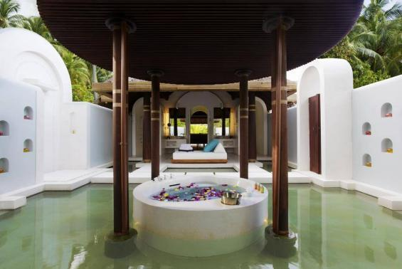 Anantara Kihavah Maldives Villas Luxhotels (2)