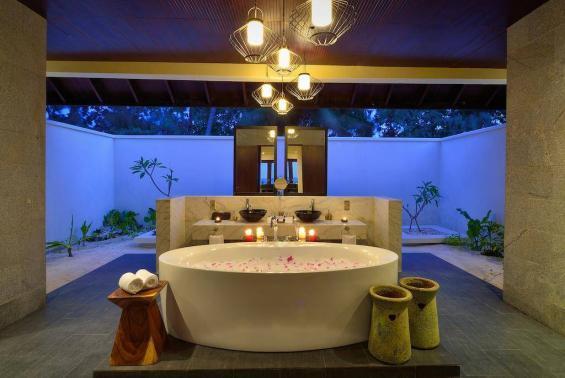 Atmosphere Kanifushi Maldives Luxhotels (8)