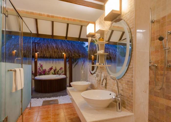 Bandos Maldives Luxhotels (10)