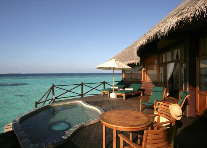 Coco Palm Dhuni Kolhu Luxhotels (18)