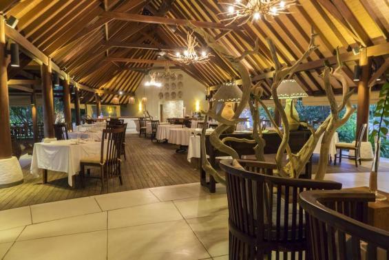 Denis Private Island Seychelles Luxhotels (12)