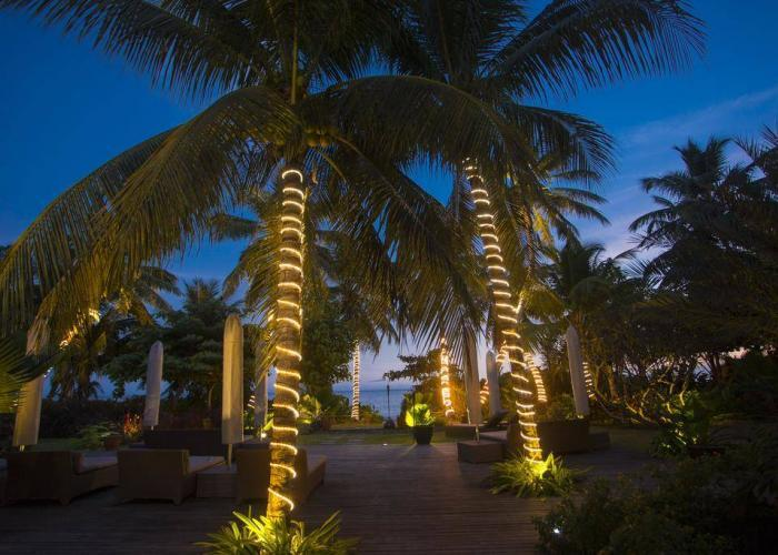 Dhevatara Beach Hotel Luxhotels (11)