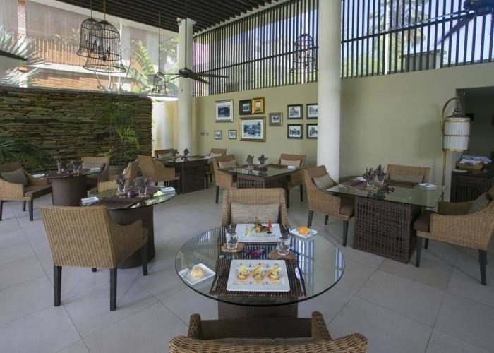Dhevatara Beach Hotel Luxhotels (13)