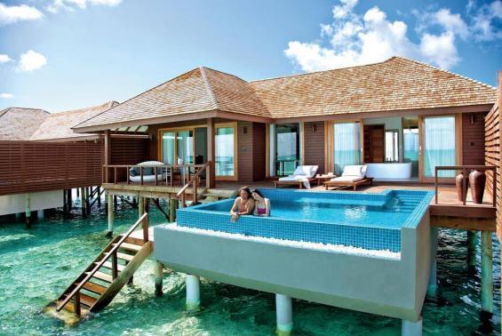 Hideaway Beach Resort Luxhotels (12)