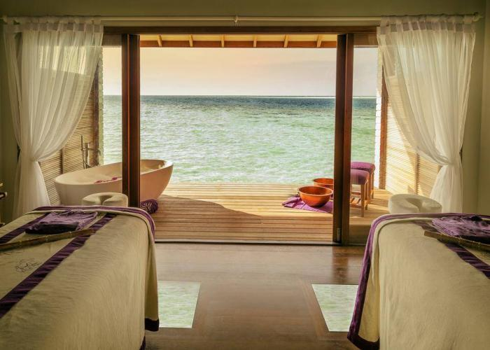 Hurawalhi Island Resort Luxhotels (14)