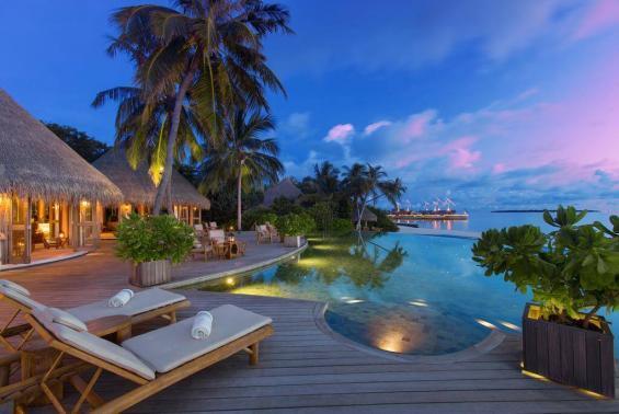 Milaidhoo Island Maldives Luxhotels (4)
