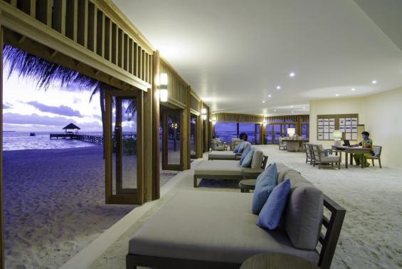 Mirihi Island Resort Luxhotels (11)