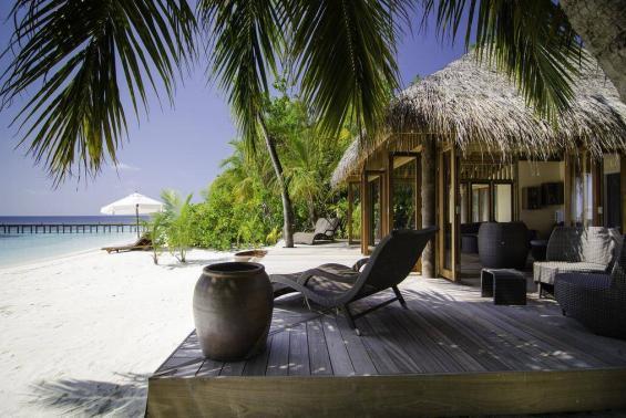 Mirihi Island Resort Luxhotels (15)