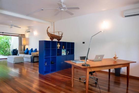 Mirihi Island Resort Lux Hotels (2)