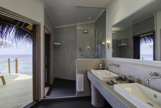 Mirihi Island Resort Luxhotels (9)