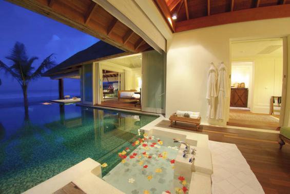 Naladhu Maldives Luxhotels (10)