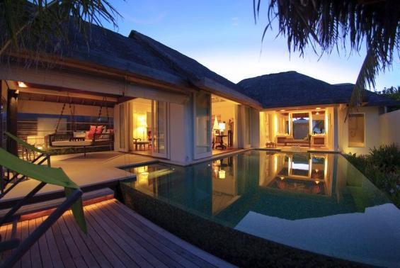 Naladhu Maldives Luxhotels (3)
