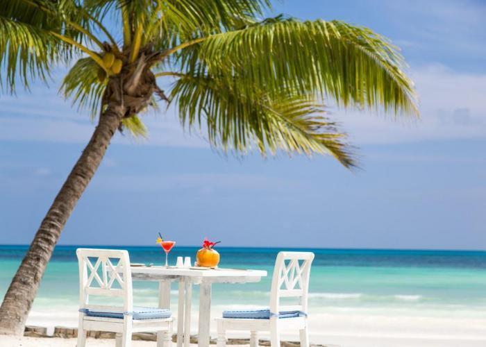 Paradise Sun Hotel Seychelles Luxhotels (1)