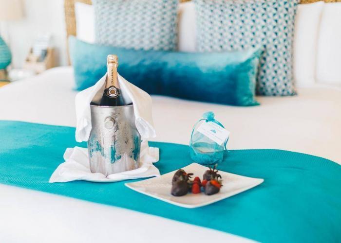 Zemi Beach House Anguilla Luxhotels (5)