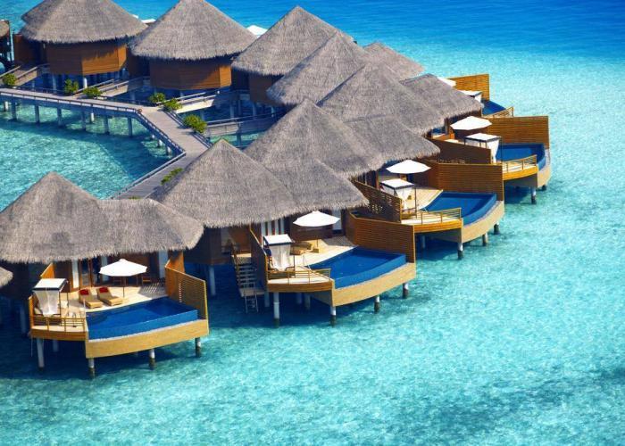 Baros Maldives Luxhotels (1)