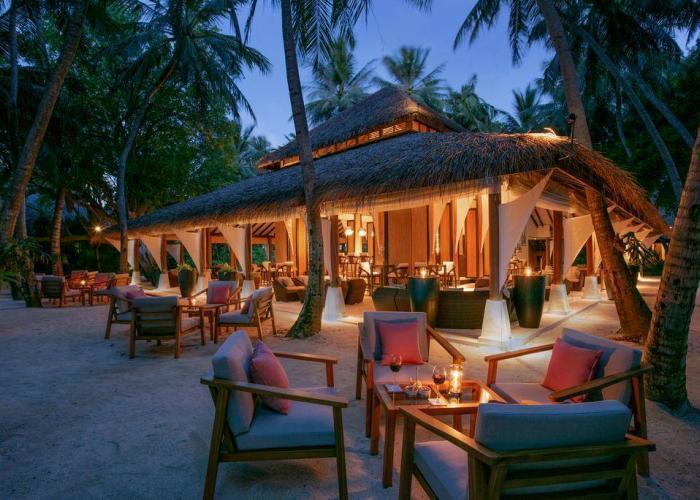 Baros Maldives Luxhotels (15)