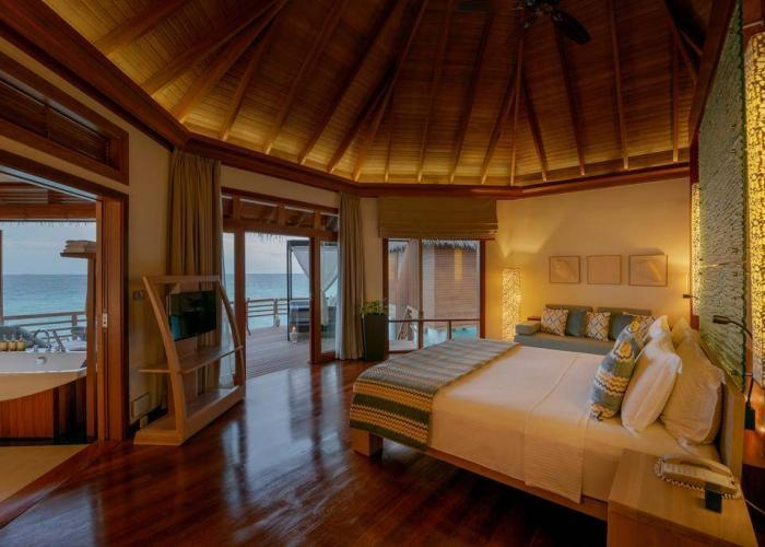 Baros Maldives Luxhotels (22)