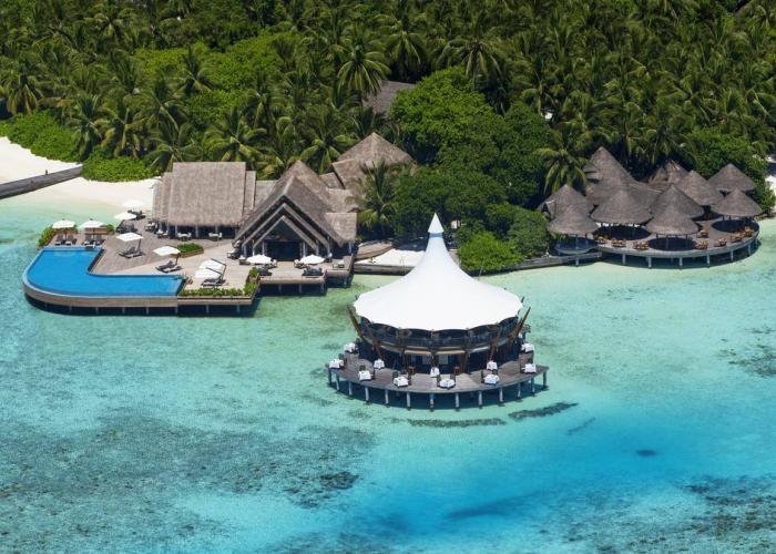 Baros Maldives Luxhotels (5)
