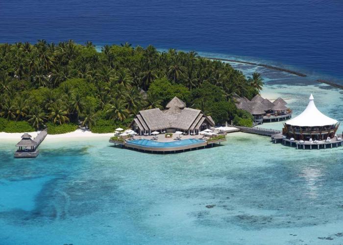 Baros Maldives Luxhotels (6)