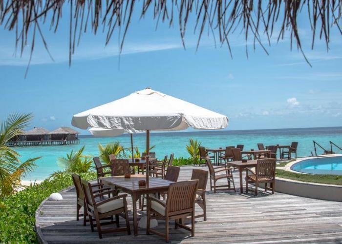Filitheyo Island Resort Luxhotels (10)