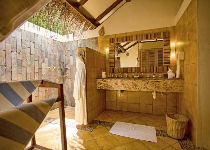 Filitheyo Island Resort Luxhotels (7)