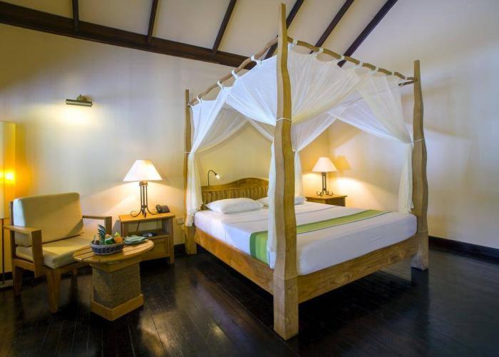 Filitheyo Island Resort Luxhotels (8)