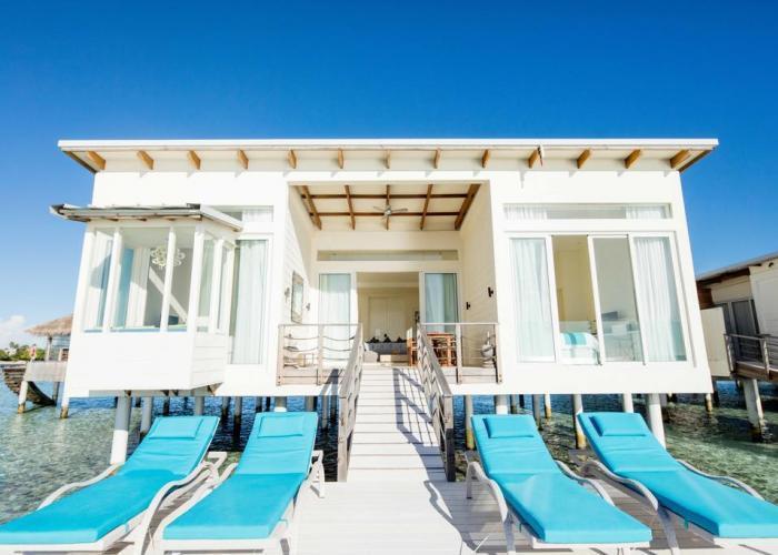 Holiday Inn Resort Kandooma Maldives Luxhotels (17)