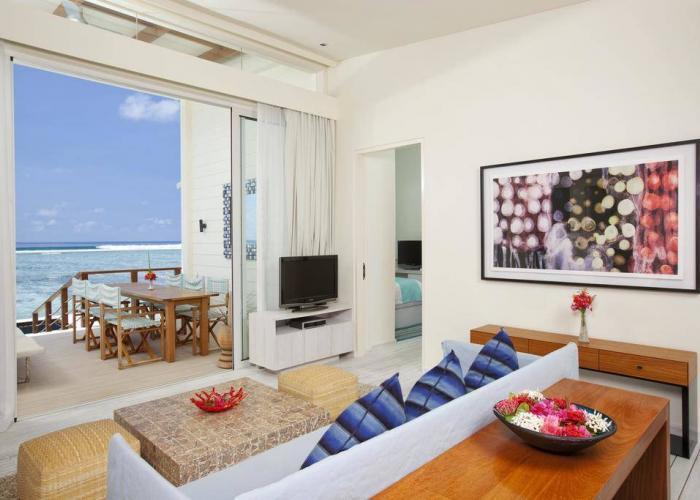 Holiday Inn Resort Kandooma Maldives Luxhotels (3)