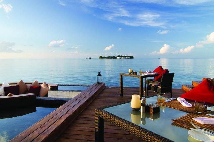 Jumeirah Dhevanafushi Luxhotels (11)