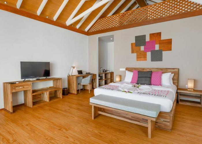 Kudafushi Resort & Spa Luxhotels (10)