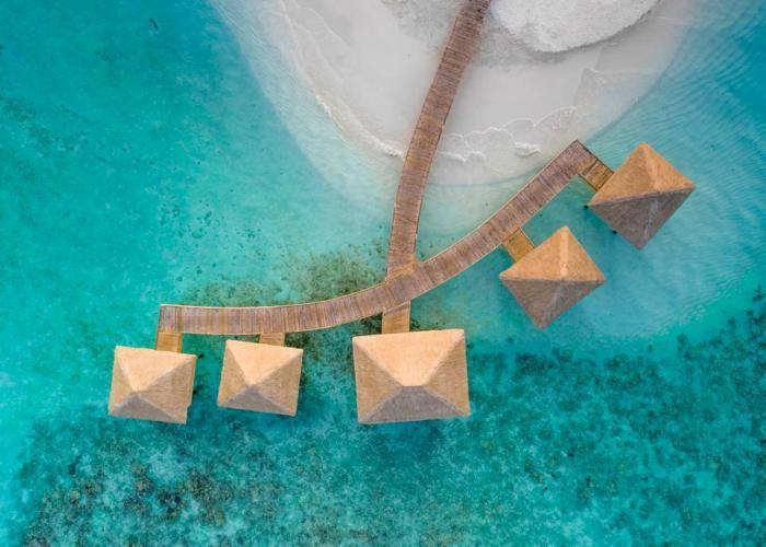 Kudafushi Resort & Spa Luxhotels (9)