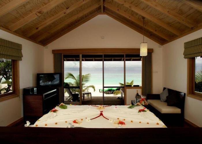 Kuredu Island Resort Luxhotels (10)