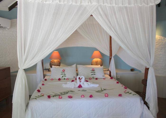 Nika Island Resort Luxhotels (10)