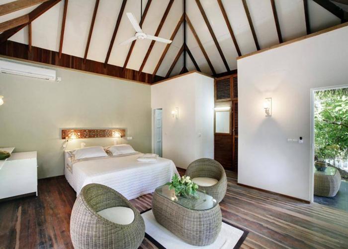 Nika Island Resort Luxhotels (16)