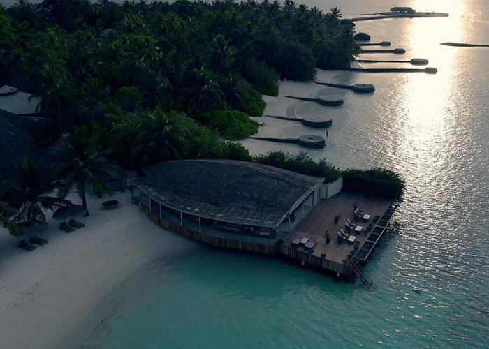 Nika Island Resort Luxhotels (19)