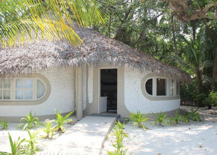 Nika Island Resort Luxhotels (7)