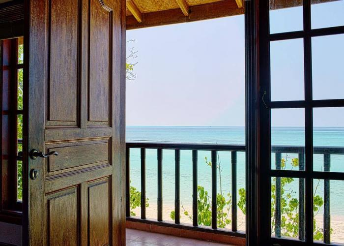 Palm Beach Resort Maldives Luxhotels (1)