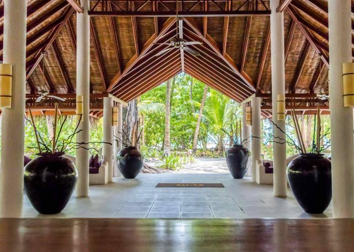 Palm Beach Resort Maldives Luxhotels (4)