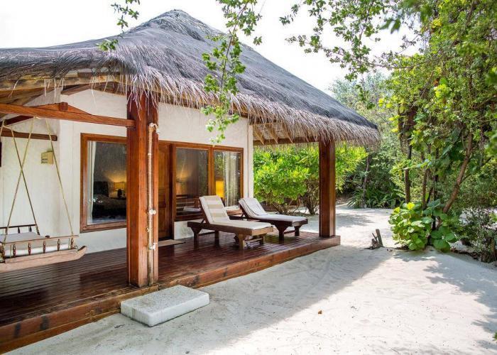 Palm Beach Resort Maldives Luxhotels (7)