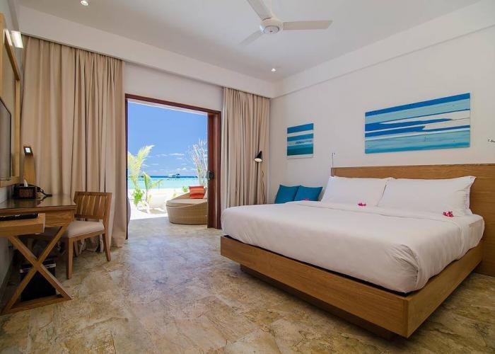 Summer Island Maldives Luxhotels (5)