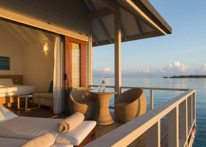 Summer Island Maldives Luxhotels (6)