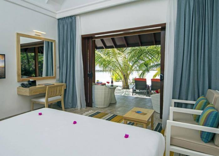 Summer Island Maldives Luxhotels (7)