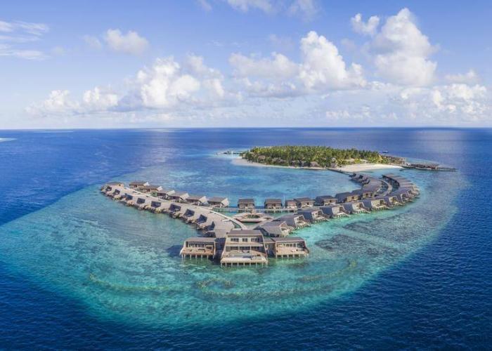 The St. Regis Maldives Vommuli Resort Luxhotels (1)