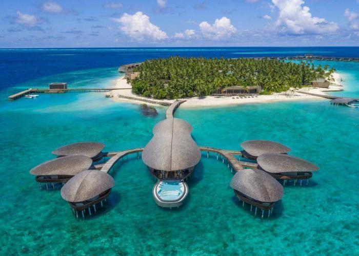 The St. Regis Maldives Vommuli Resort Luxhotels (2)