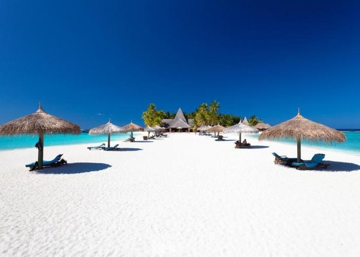 Veligandu Island Resort Luxhotels (1)
