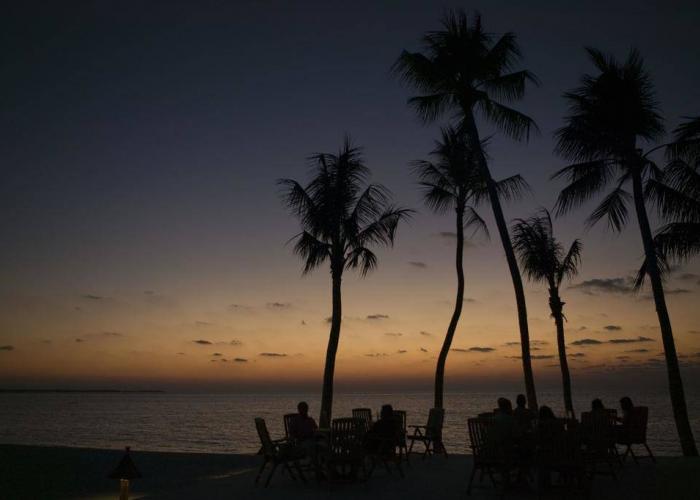 Veligandu Island Resort Luxhotels (14)